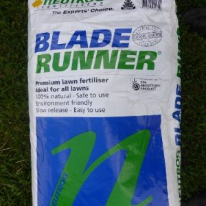 Neutrog Blade Runner Premium Lawn Fertiliser
