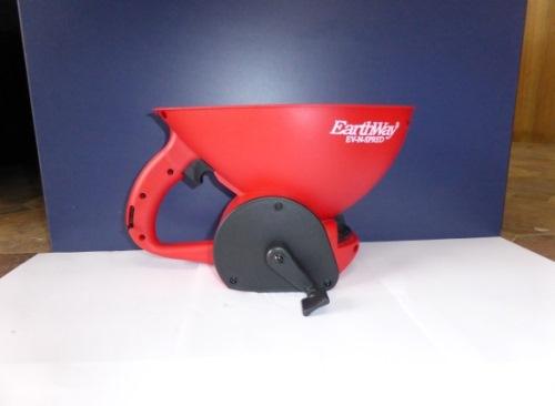 Earthway 3400 Medium Capacity Hand Spreader